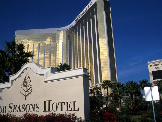 Four seasons hotel las vegas las vegas show tickets for 4 seasons salon hoover